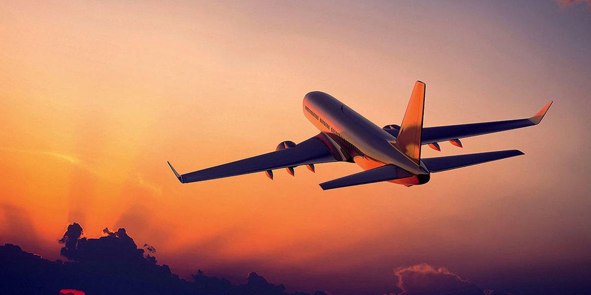 مردم منتظر کاهش قیمت بلیت هواپیما نباشند
