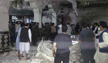 کشته شدن بیش از ۷۰ تن در بمبگذاری دو مسجد در افغانستان