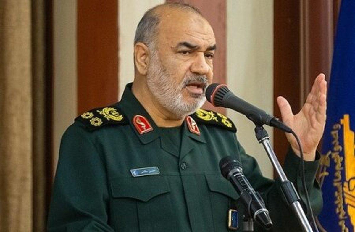 سرلشکر سلامی: هرگز اجازه نمی دهیم جنگ به ایران بکشد