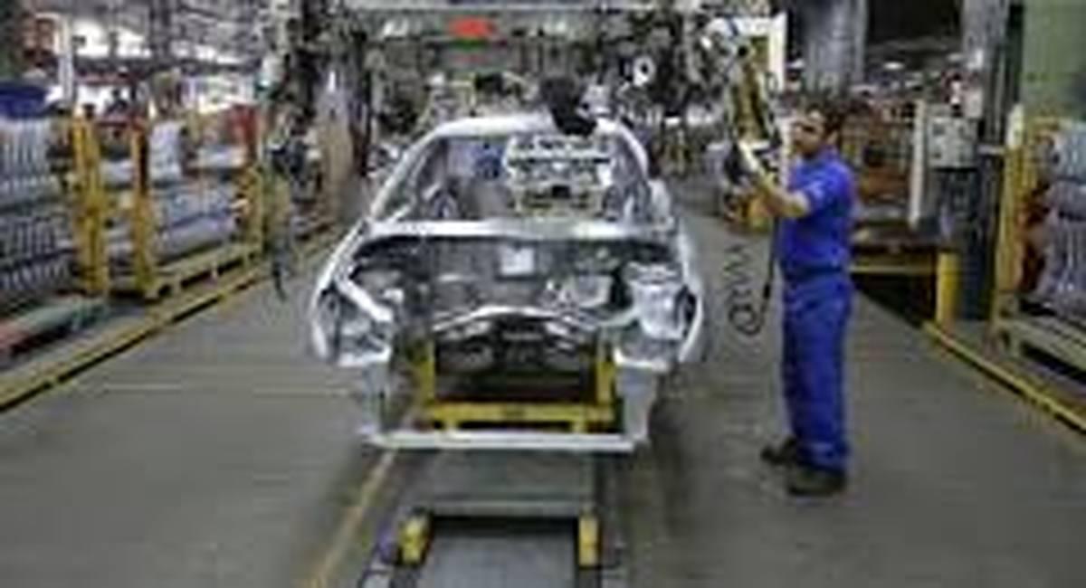 وزارت کشور وارد میشود: حمایت رسانهای از صنعت خودروسازی کشور