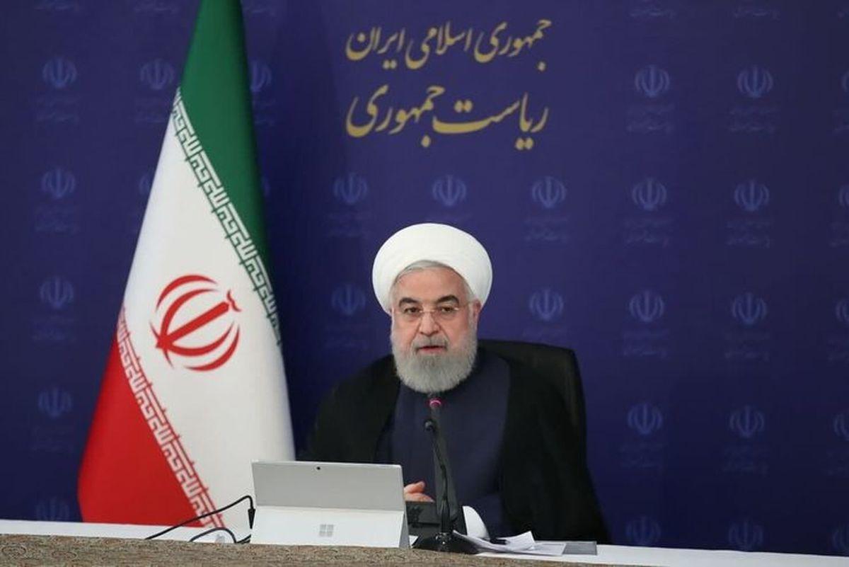 روحانی علیه گاندو   روحانی: فیلمهایشان روی دستشان باد کرده، علیه برجام پخش میکنند