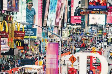 هر چه هزینه تبلیغات بیشتر باشد، رضایت از زندگی کمتر میشود