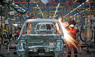 نقصان در صنعت خودروسازی