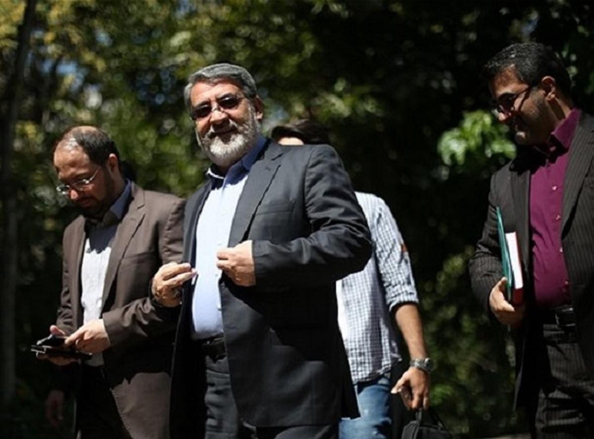 معاون وزیر کشور درباره حوادث آبان ۱۳۹۸: در مسیر مقابله با اراذل و اوباش، تعدادی از هموطنانمان هم مجروح یا شهید شدند