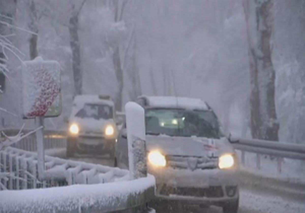 موج سرما و بارش شدید و ناگهانی برف در مناطق مرکزی و شرقی آمریکا