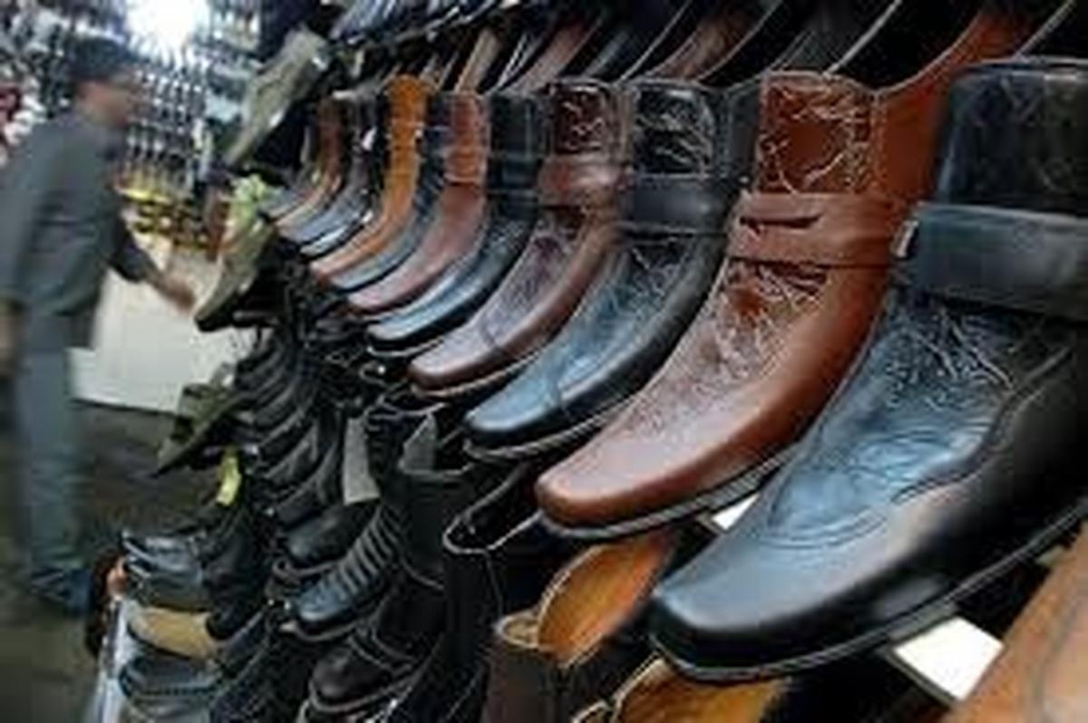 قاچاق ۱۷۰ میلیون دلاری کفش در سال