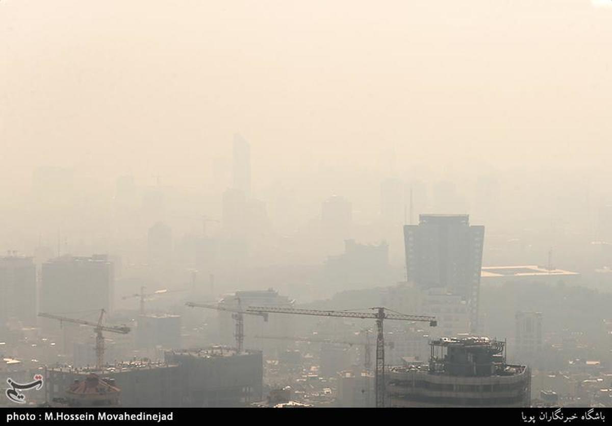 کیفیت هوای تهران برای همه افراد ناسالم شد