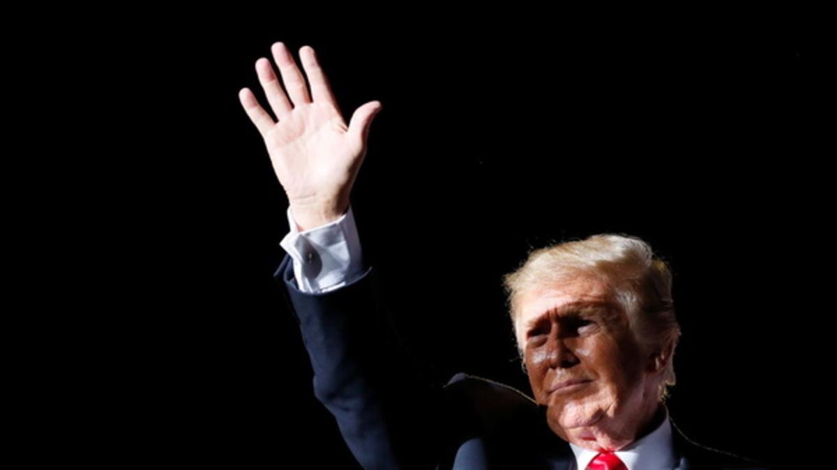 وبسایت دونالد ترامپ هک شد