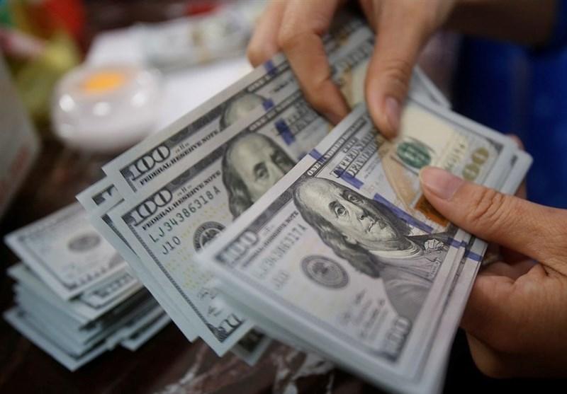 بانک مرکزی  |  در ۷ روز گذشته روزانه ۷۰ میلیون دلار به صورت اسکناس وارد بازار شد