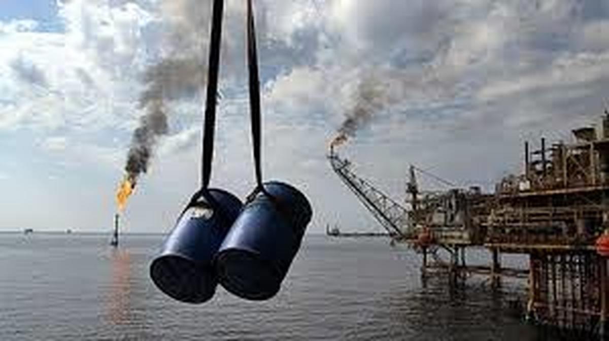 صنعت نفت    صادرات فرآوردههای نفتی در شرایط تحریم و کرونا بینظیر است