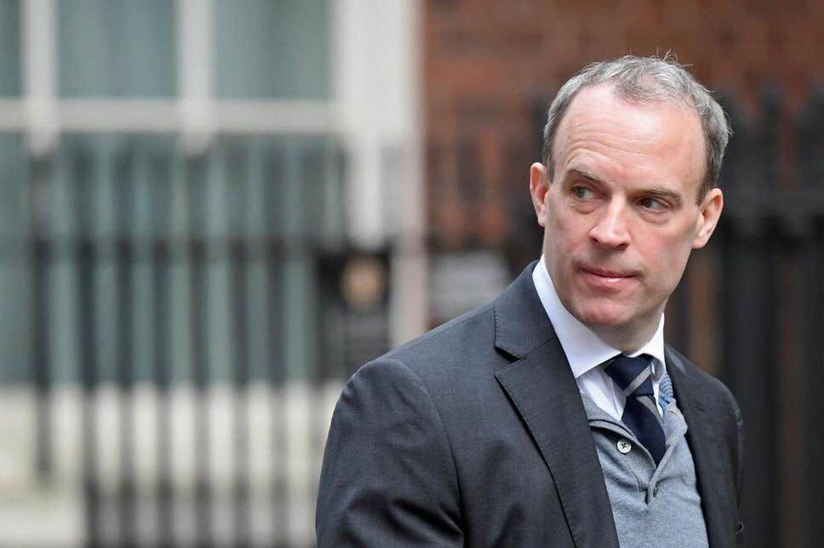 ادعا ی وزیر امور خارجه انگلیس درباره توقف مذاکرات برجامی در وین