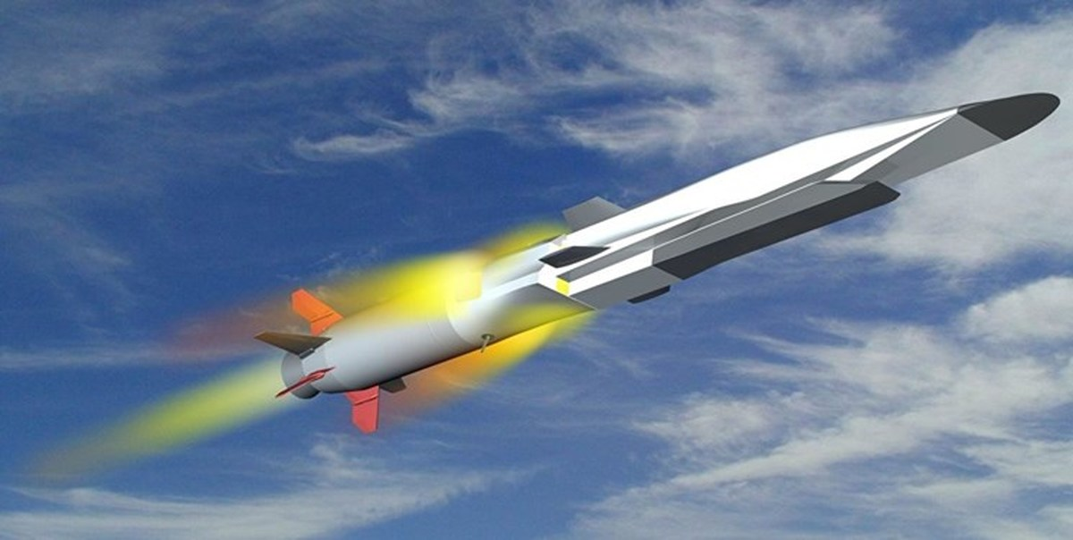 روسیه برای اولین بار از زیردریایی هستهای موشک مافوق صوت شلیک کرد