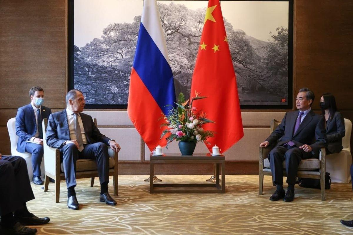 برجام   گفت وگوی وزرای خارجه روسیه و چین