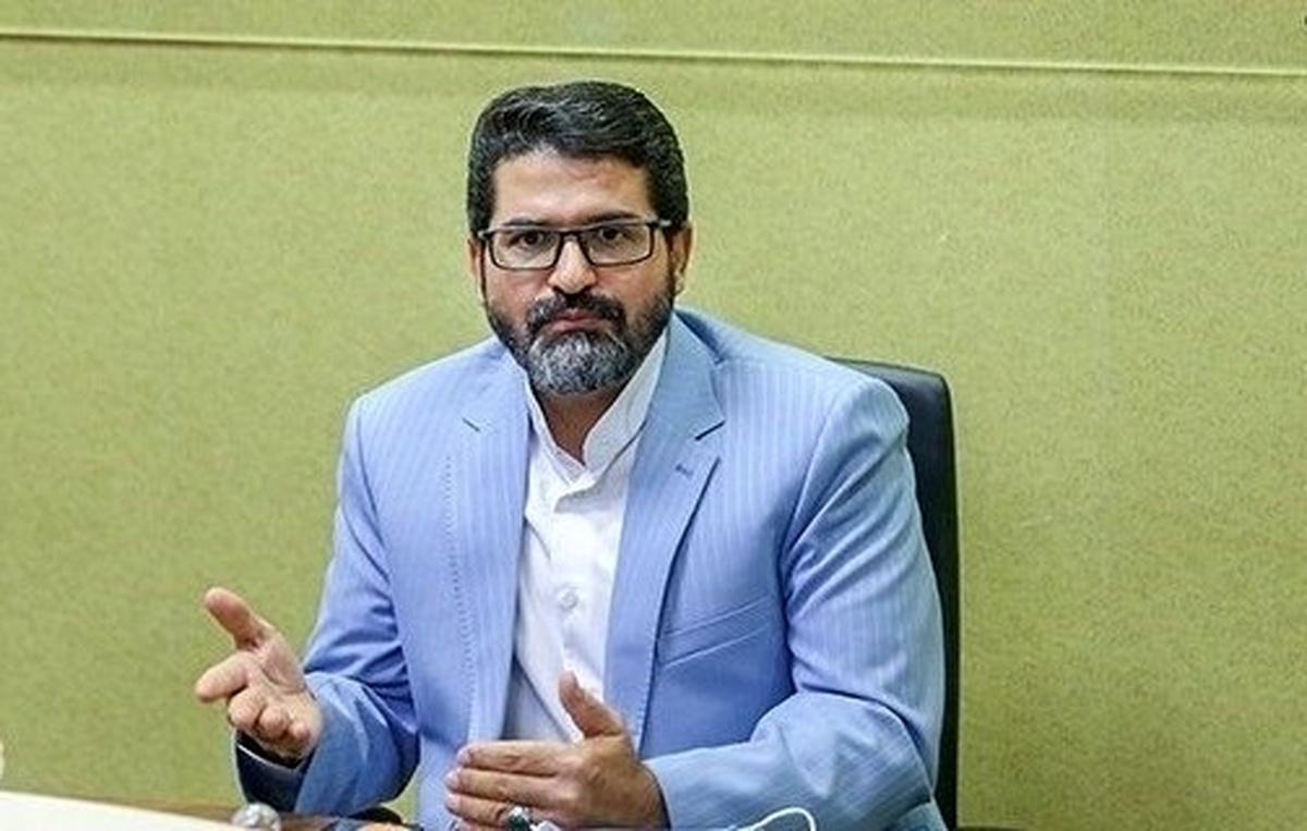 رئیس کانون سردفتران: تنظیم سند وسایل نقلیه در دفاتر اسناد رسمی اجباری است
