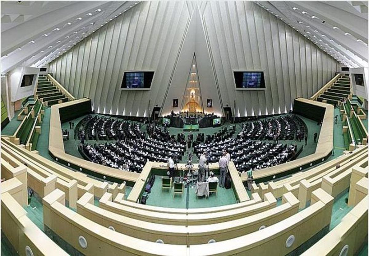 وزیر پیشنهادی اطلاعات رأی بالایی از مجلس میگیرد