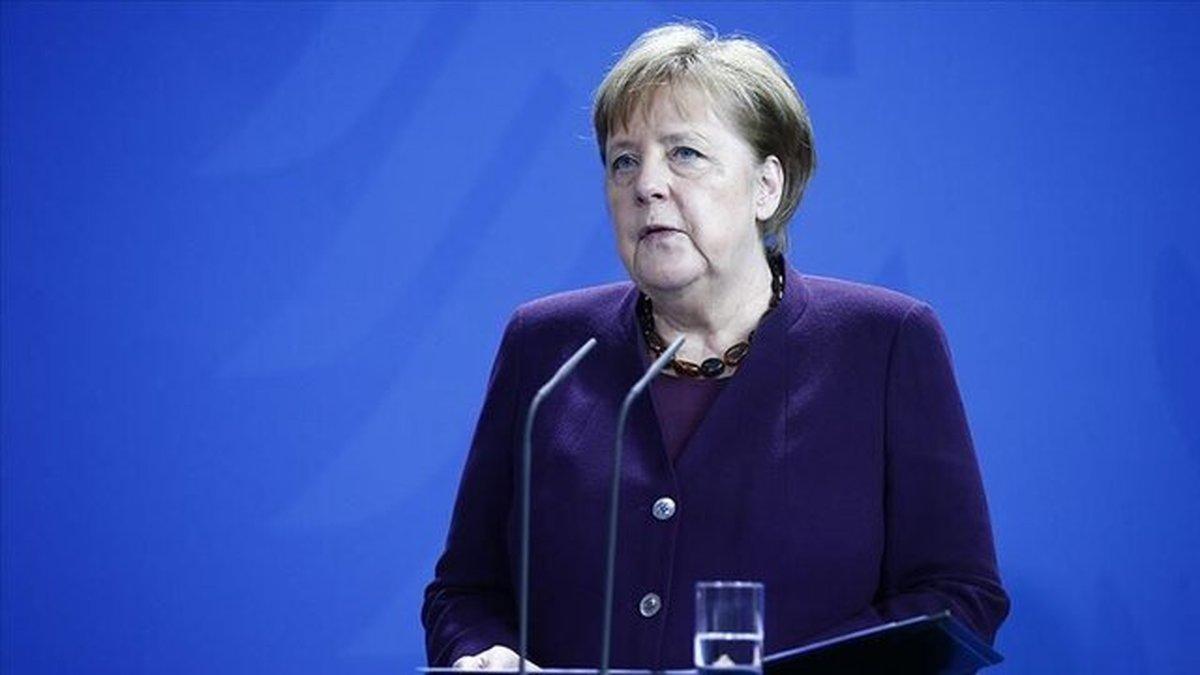 اولویت آلمان دردوران ریاست بر اتحادیه اروپاروابط با چین وآمریکا است