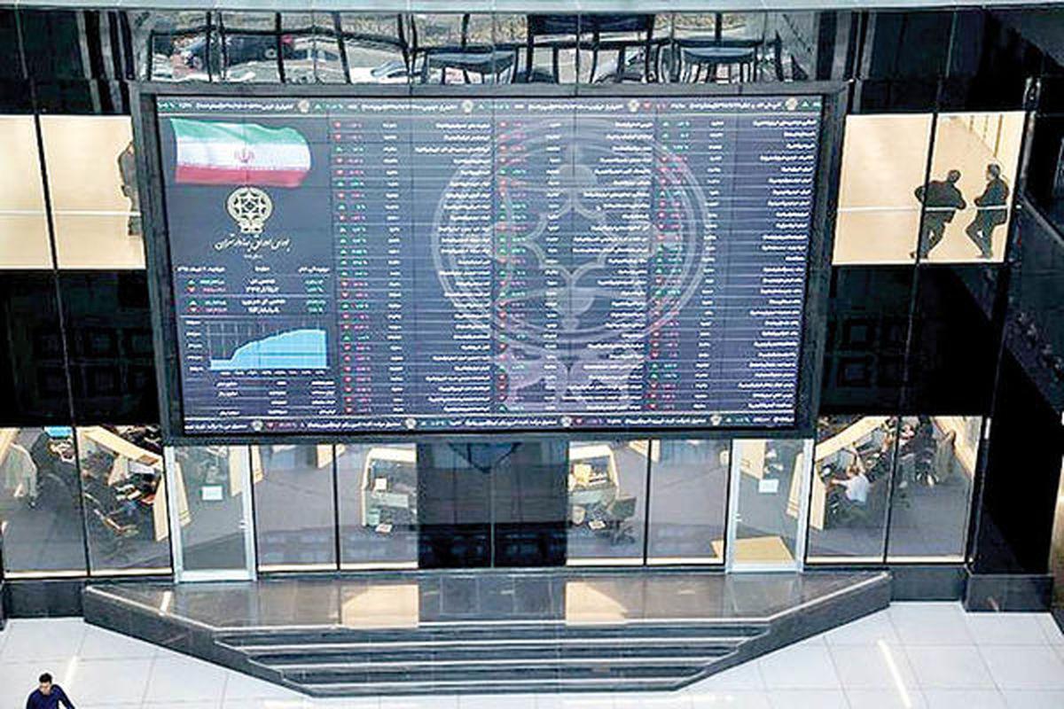 هیجان گذرا در بورس تهران   خریداران در محدوده منفی، بازار را تغییر دادند