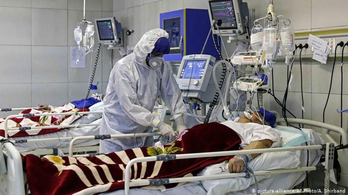 ماجرای چمنخوابی اطراف بیمارستانهای کرونایی