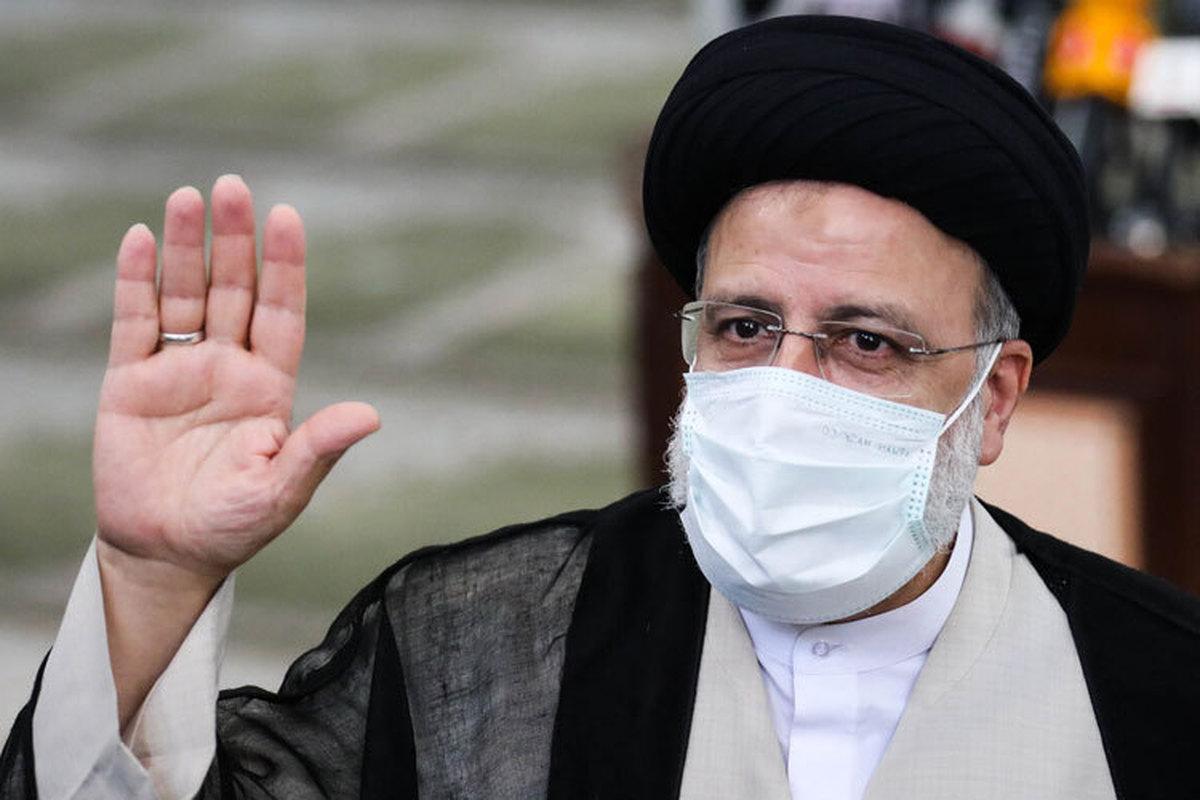 حضور یاران احمدینژاد در اطراف رئیسی     آیادولت آقای رئیسی تداوم دولت احمدینژاد است ؟