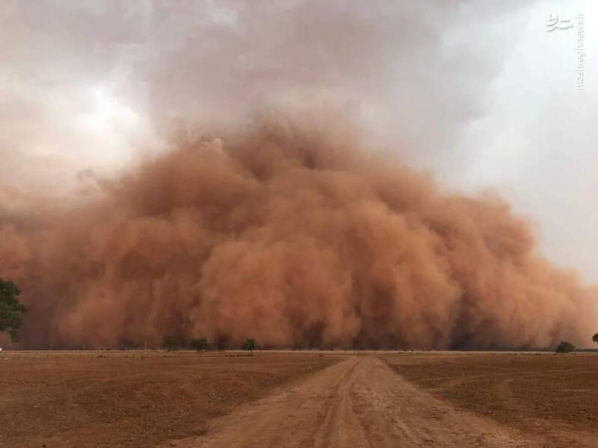 گرد و خاک و طوفان شن، به  اصفهان سفر نکنید