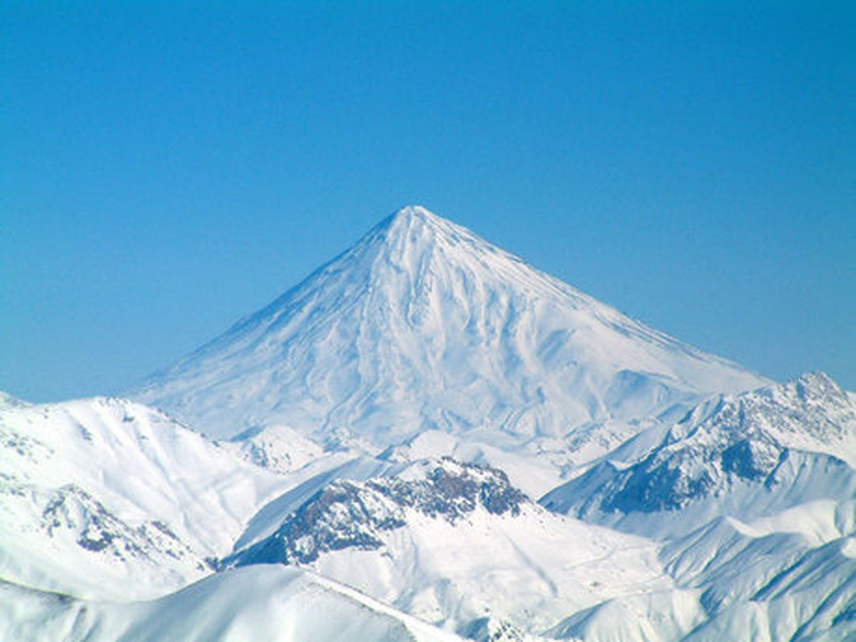 یال جنوب شرقی قله دماوند به نام وقف در سامانه کاداستر تثبیت نشده است