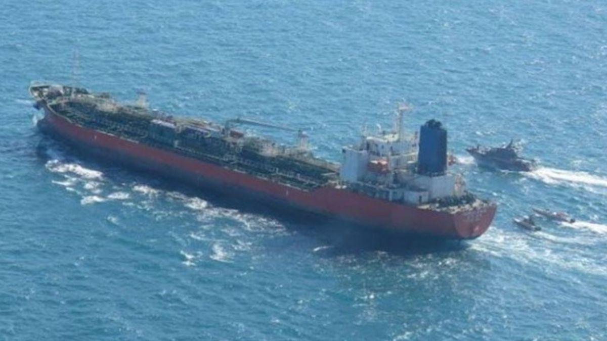 کره جنوبی: یک هیئت دیپلماتیک برای رایزنی درباره نفتکش توقیف شده به تهران سفر میکند | معاون وزیر خارجه هم که قرار بود درباره پول بلوکه شده ایران مذاکره کند، در خصوص موضوع کشتی رایزنی خواهد کرد