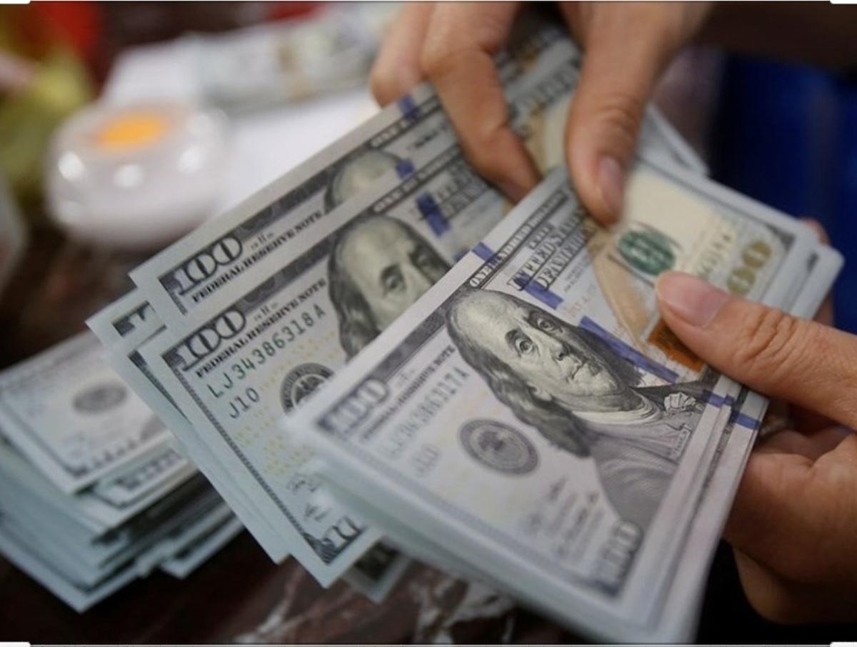 حدود ۲۷ میلیارد دلار ارز حاصل از صادرات به کشور بازنگشته است