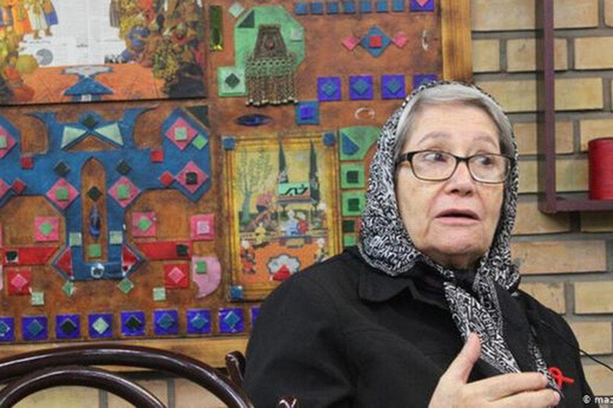 درباره عملکرد وزیر بهداشت با مردم موافقم   بساط واکسن در ناصرخسرو جمع شود