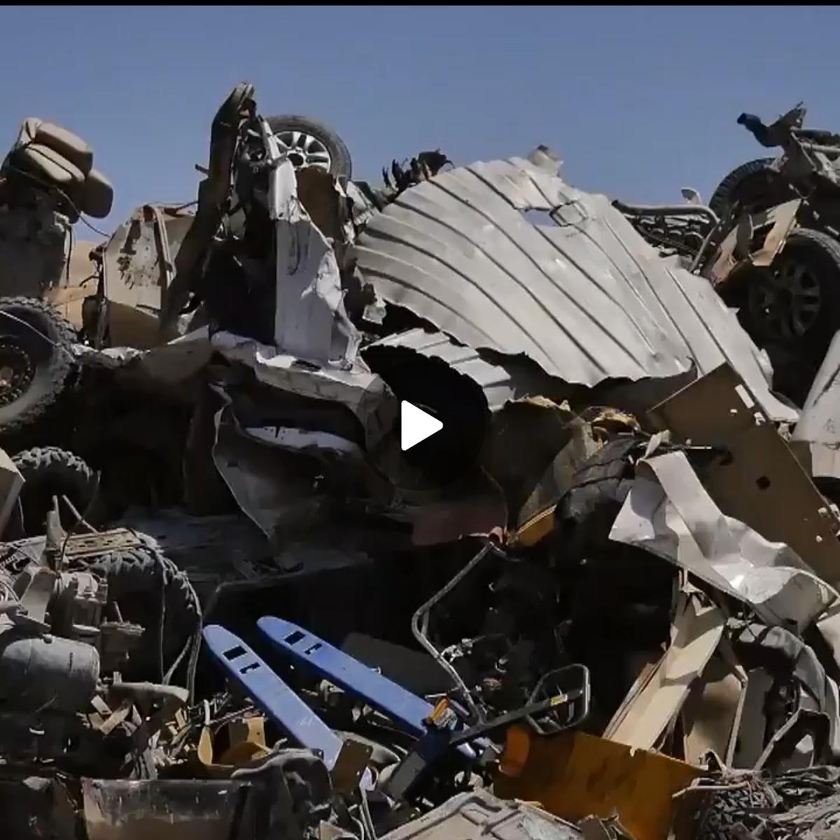 تخریب و نابود سازی وسایل و ابزارهای نیروهای امریکایی + ویدئو