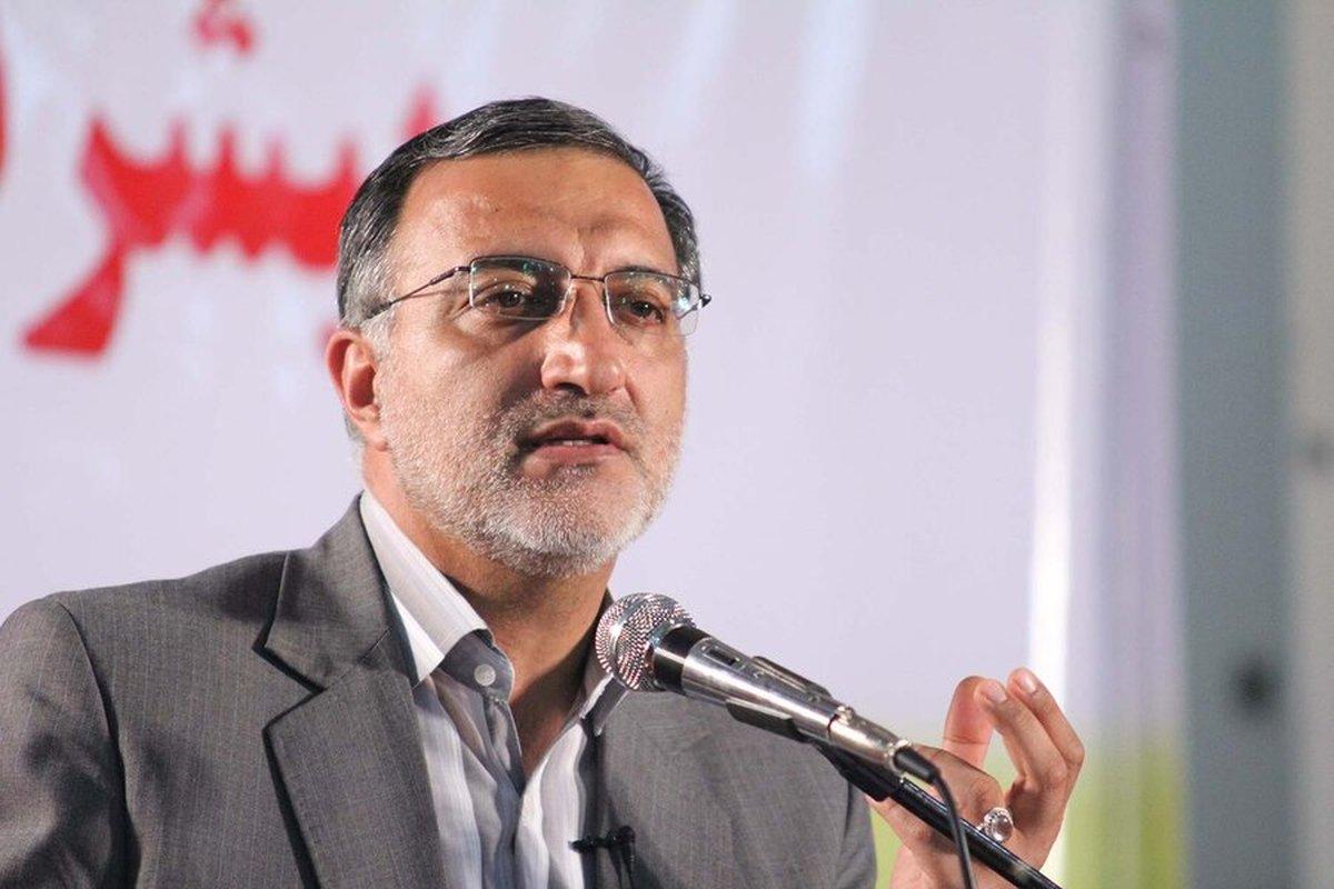 نامه اصولگرایان قم به زاکانی  :آیا در مملکت برای پست شهرداری تهران قحط الرجال است