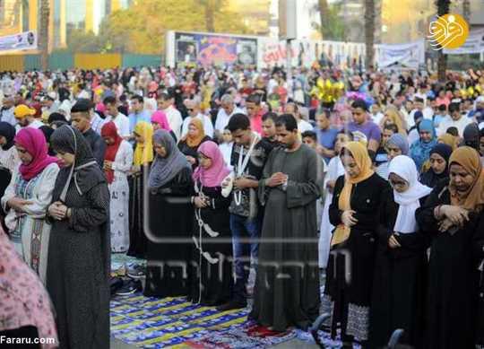 نماز مختلط زنان و مردان مصری به مناسبت عید قربان