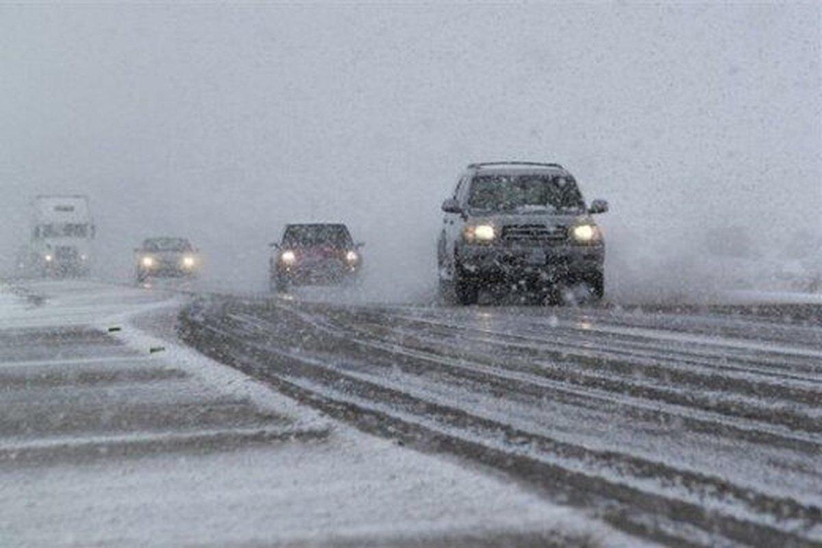 جادههای برفی و بارانی کشور اعلام شد