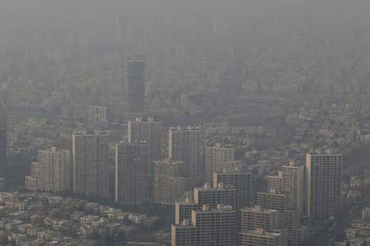 هوای تهران برای سومین روز پیاپی در شرایط ناسالم قرار دارد