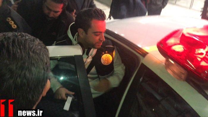 ژاوی را با ماشین پلیس بردند