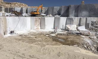رای دیوان عدالت اداری به محکومیت دولت در عوارض صادراتی | کاهش 40 درصدی صادرات سنگ ساختمانی در سال 1399 | سهم ایران و ترکیه از بازار جهانی 23 میلیارد دلاری؟
