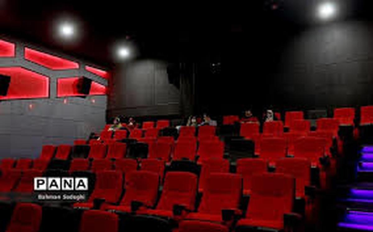 جشنواره فیلم فجر از علائم بارز اعلام حیات سینمای ایران میباشد