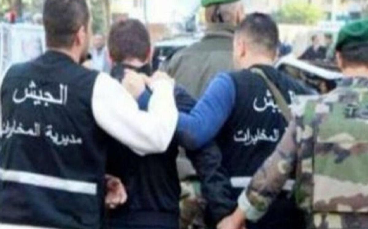 لبنان     ارتش یک گروه تروریستی  مرتبط با داعش رادستگیرکرد