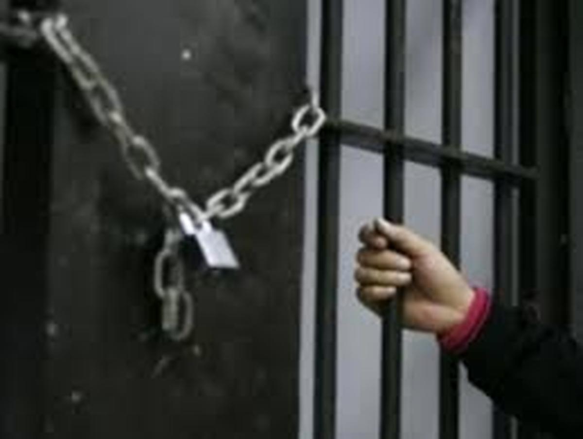 واکنشها به بازداشت مدیرمسئول روزنامه شرق
