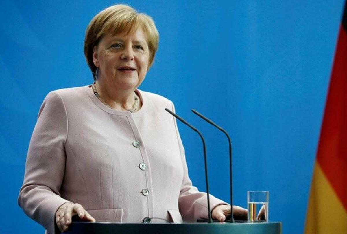 مرکل: اروپا هنور نمیداند چه واکنشی به اقدام برجامی ایران نشان دهد