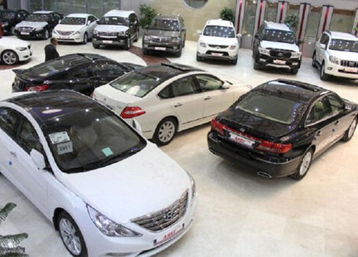 بازار پایتخت  |  قیمت خودروهای لاکچری در بازار پایتخت
