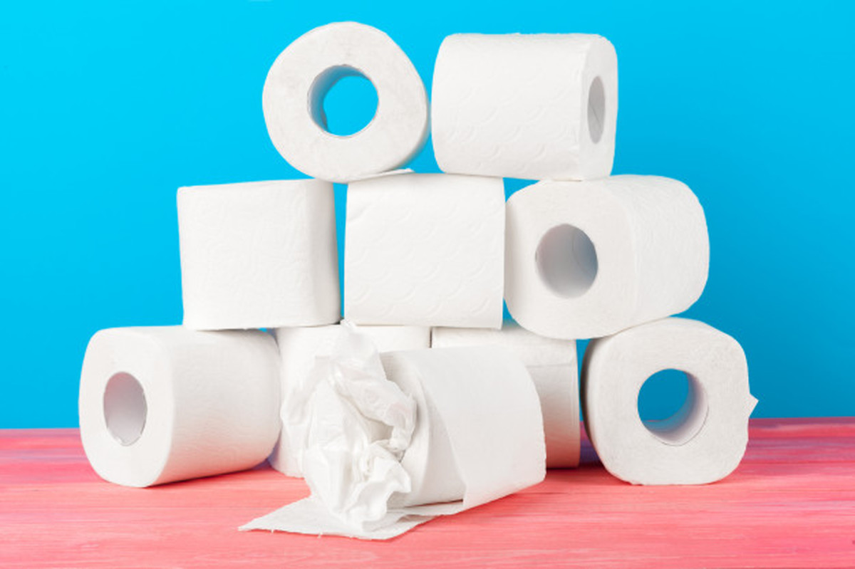چرا رنگ همه دستمال توالت ها سفید است؟