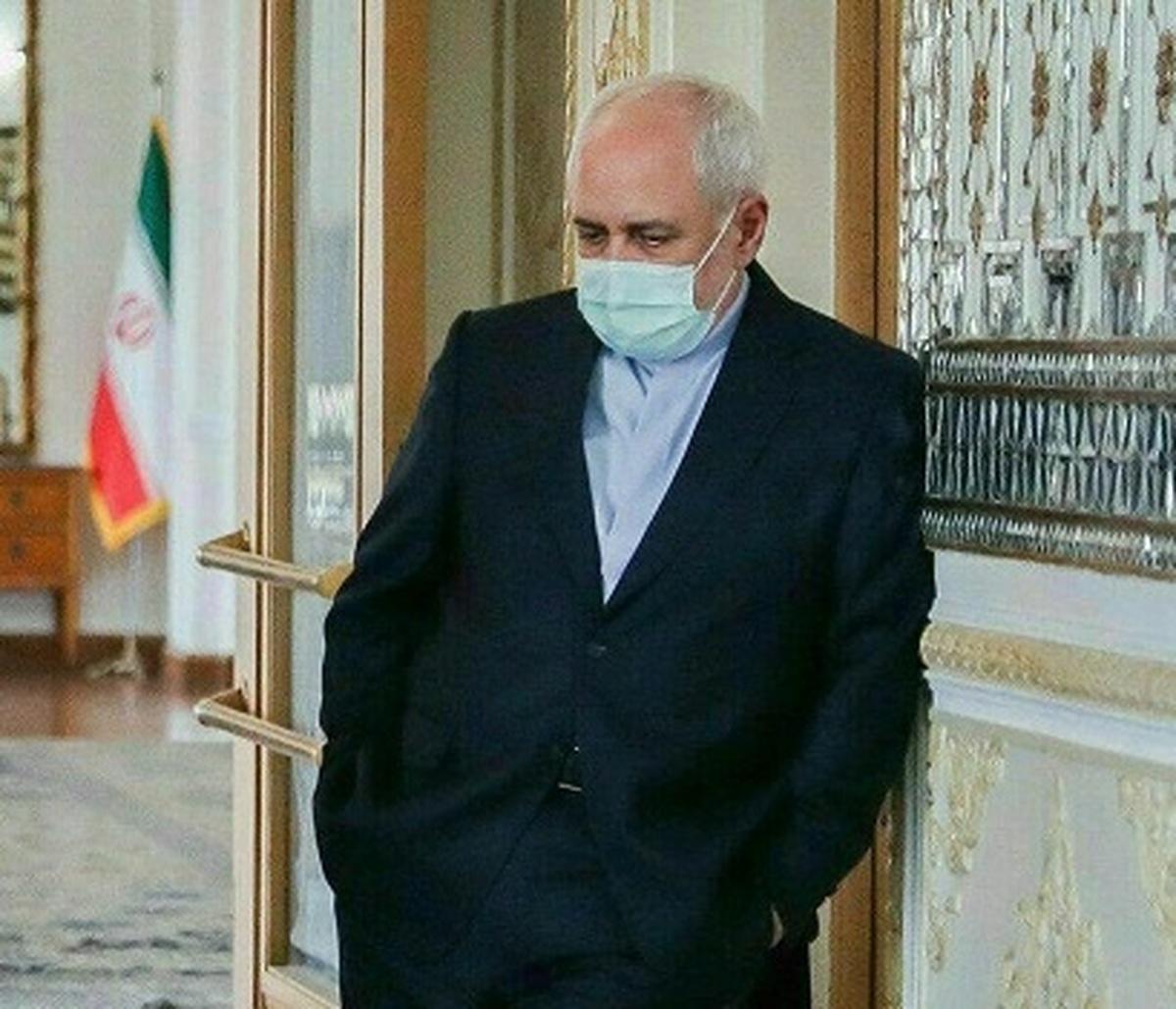 محمد جواد ظریف؛ کُنجِ دنجِ آقای شمارۀ 10
