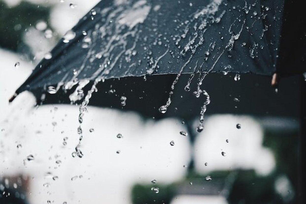از پنجشنبه تهران بارانی می شود| نیمی از کشور پنجشنبه بارانی و برفی است