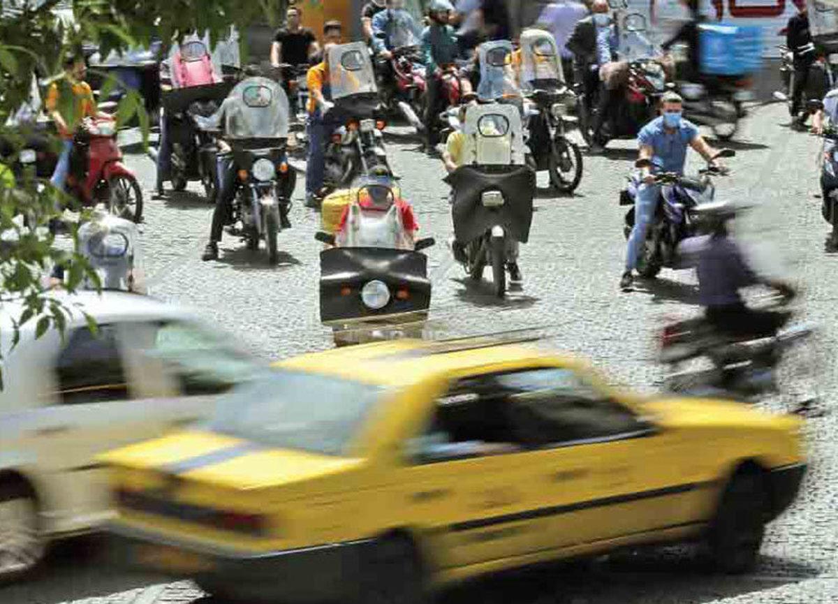 افزایش  فروش موتوردر سال ۹۹   ماشین گران شد، مردم موتور میخرند