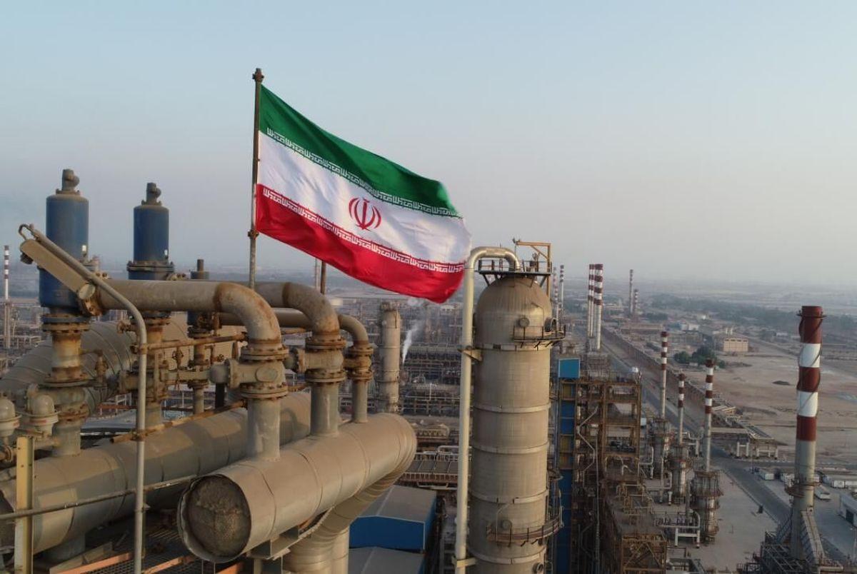 رویترز  |   صادرات نفت خام ایران رکورد زد