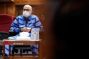 وکیل متهم ارتباط اکبر طبری با «محمد انوشه» را تکذیب کرد!