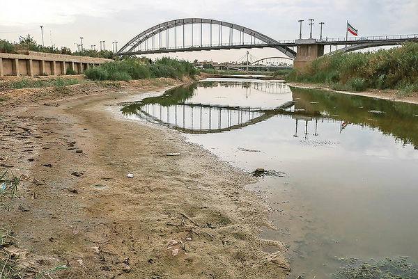 انتقال آب از سرشاخههای رودخانه های خوزستان کاری خائنانه است