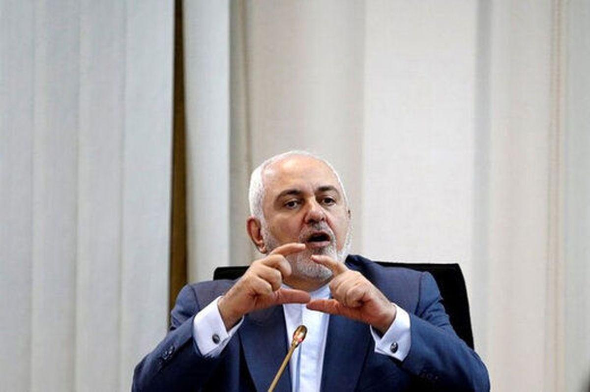 آیا احمدی نژاد پشت پرده انتشار فایل صوتی ظریف است؟