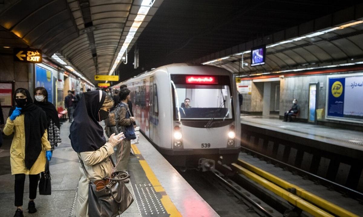شهرداری تهران  |  ساعات کاری مترو و اتوبوسهای پایتخت از اول آذرماه افزایش می یابد