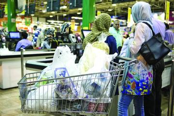 عادت به زندگی پلاستیکی   مصرف بیمحابای پلاستیک در فروشگاههای زنجیرهای 